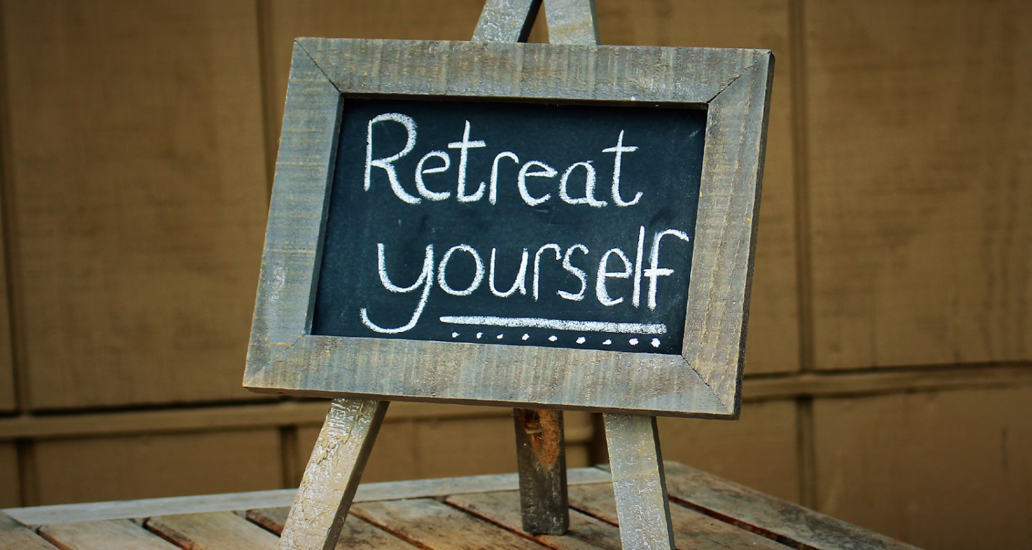 retreat-sign